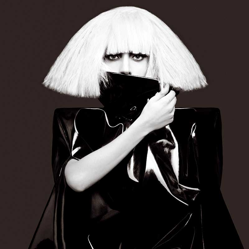 http://www.track4-info.de/blog/wp-content/uploads/2009/11/Lady-Gaga-Bild-29-Neu-2009-.jpg
