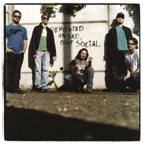 Pearl Jam - Credits: Steve Gullick