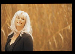 Emmylou Harris - Credits: Rocky Schenck