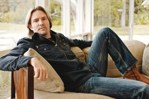 Eric Whitacre - PHOTO CREDIT Universal Music