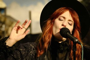 Florence + The Machine - Tape TV Dachkonzert