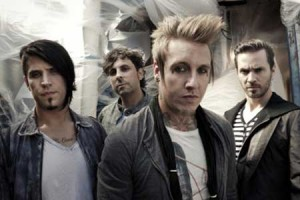 Papa Roach - Credits: Travis Shinn