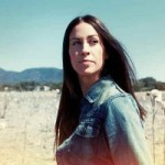 "Alanis Morissette – neues Album ""Havoc And Bright Lights"" erscheint im August"