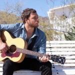 """No.1 in den USA: Amos Lee sorgt mit dem Album """"Mission Bell"""" für eine Sensation"""
