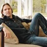 Eric Whitacre lädt zum Mitsingen ein!