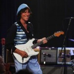 Jeff Beck erweist der Gitarrenlegende Les Paul im New Yorker Iridium Jazz Club Tribut