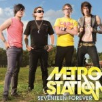 "Metro Station mit ""Seventeen Forever"" in den Charts"