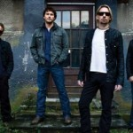 "NICKELBACK: Platin für ""Dark Horse""& Dreifach-Gold für ""All The Right Reasons"""
