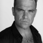 Robbie Williams kann nicht Auto fahren!