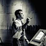 """Robbie Williams veröffentlicht neue Single """"Different"""" und ist zu Gast beim Finale von The Voice of Germany"""
