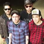 Das Punkrock-Generationentreffen: das Split-Album von White Flag und Versus You