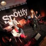 """Erste """"Spotify Office Session"""" mit ZAZ"""