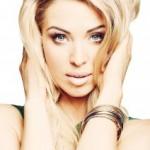 """Aneta sichert sich mit """"The One"""" Platz 1 der Single Charts"""
