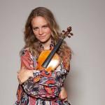 """Julia Fischer öffnet den """"Geigenkasten"""" – Neue Kolumne der Stargeigerin auf BR-Klassik"""