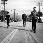 """Muse erobern mit ihrem neuen Album """"Drones"""" erstmals Platz 1 der US-Charts"""