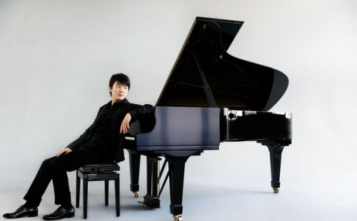 Seong Jin Cho © Harald Hoffmann / DG