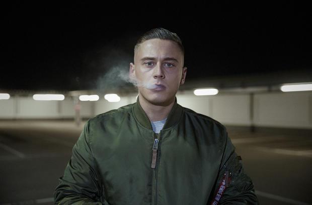 """""""Ich will konsumieren, gib mir mehr"""": Disarstar mit dem Musikvideo zu """"Konsum"""
