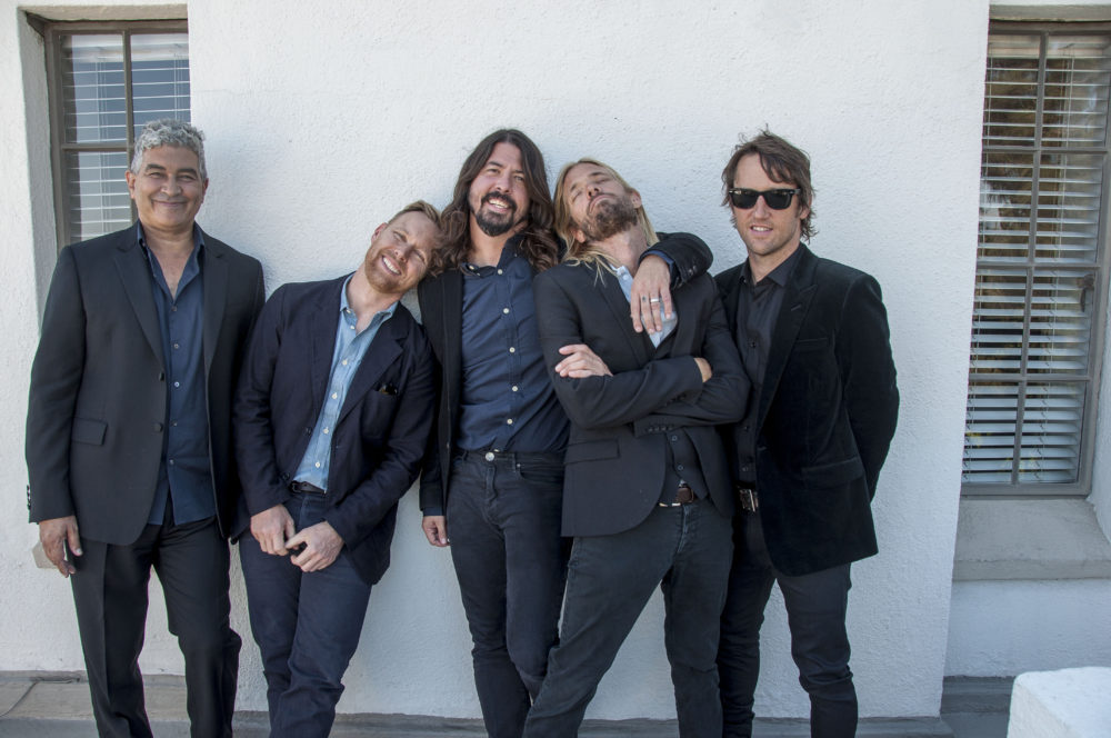 "Neues Foo Fighters-Album ""Concrete And Gold"" erscheint am 15.September"