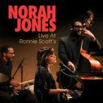"""Norah Jones veröffentlicht ihren neuen Konzertfilm """"Live At Ronnie Scott's"""" am 15. Juni"""