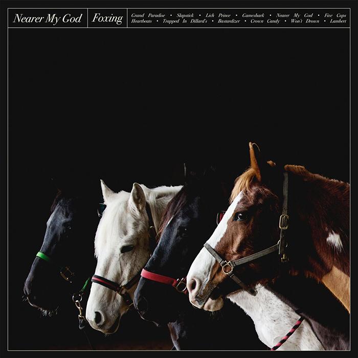"""Foxing veröffentlichen neue Single """"Nearer My God"""" in fünf Sprachen"""